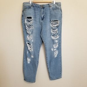 NWT Forever 21 Plus High Rise Boyfriend Jeans 18